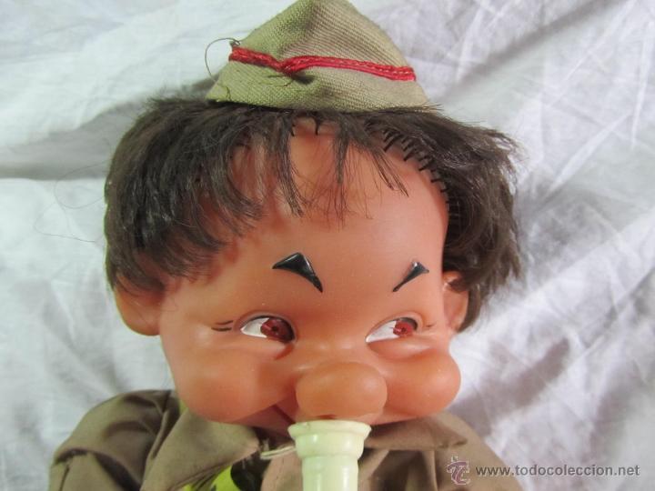 Muñecas Españolas Modernas: Muñeco militar con trompeta. Recuerdo del CIR - Foto 2 - 163785121