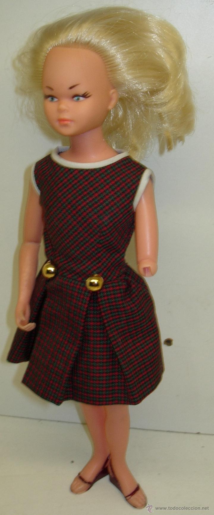 Muñecas Españolas Modernas: Muñeca LAURA MANIQUI BOUTIQUE de Novo-Gama Novogama años 60 con caja y patrones - Foto 5 - 195337032