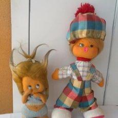Muñecas Españolas Modernas: LOTE DE 2 MUÑECAS DE FIELTRO AÑOS 70 LACITOS Y OTRA. Lote 48852087