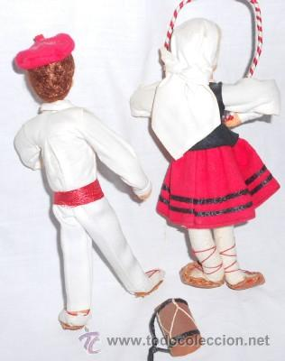 Muñecas Españolas Modernas: PAREJA DE MUÑECOS DE FIELTRO REGIONALES, DANZAS POPULARES NAVARRAS - Foto 2 - 49699153