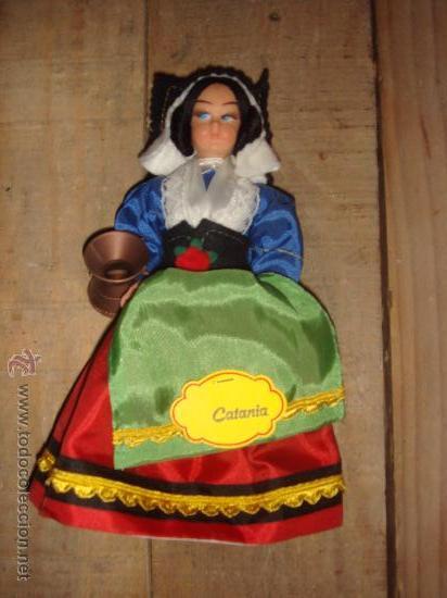 MUÑECA DE CATANIA (Juguetes - Otras Muñecas Españolas Modernas)