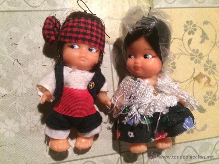 Muñecas Españolas Modernas: Antiguos muñecos regionales aragoneses con vestido típico. muñeco y muñeca regional - Foto 2 - 52748525