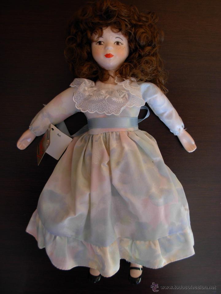 Muñecas Españolas Modernas: Muñeca de porcelana fina marca Fanás. Conserva la caja original. Años 80 - Foto 3 - 54640137