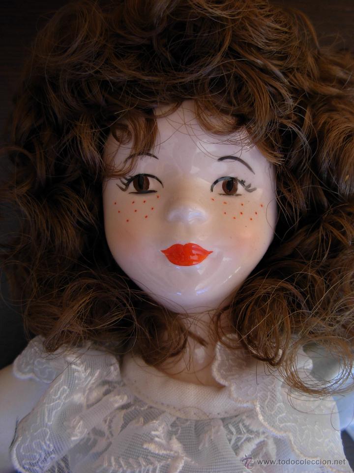 Muñecas Españolas Modernas: Muñeca de porcelana fina marca Fanás. Conserva la caja original. Años 80 - Foto 5 - 54640137