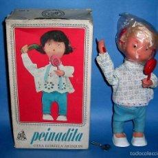 Muñecas Españolas Modernas: MUÑECA *PEINADITA*, AUTÓMATA MECANISMO A CUERDA, MUÑECAS ARLEQUÍN, MADE IN SPAIN, ORIGINAL AÑO 1966.. Lote 56023351