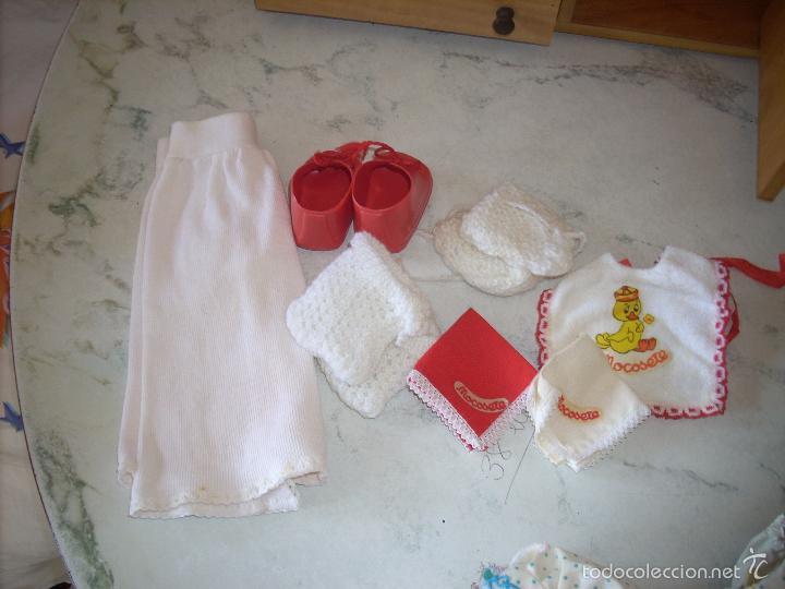 Muñecas Españolas Modernas: Baby Mocosete de Toyse, armario, canastilla y varios conjuntos de ropa - Foto 2 - 57092888