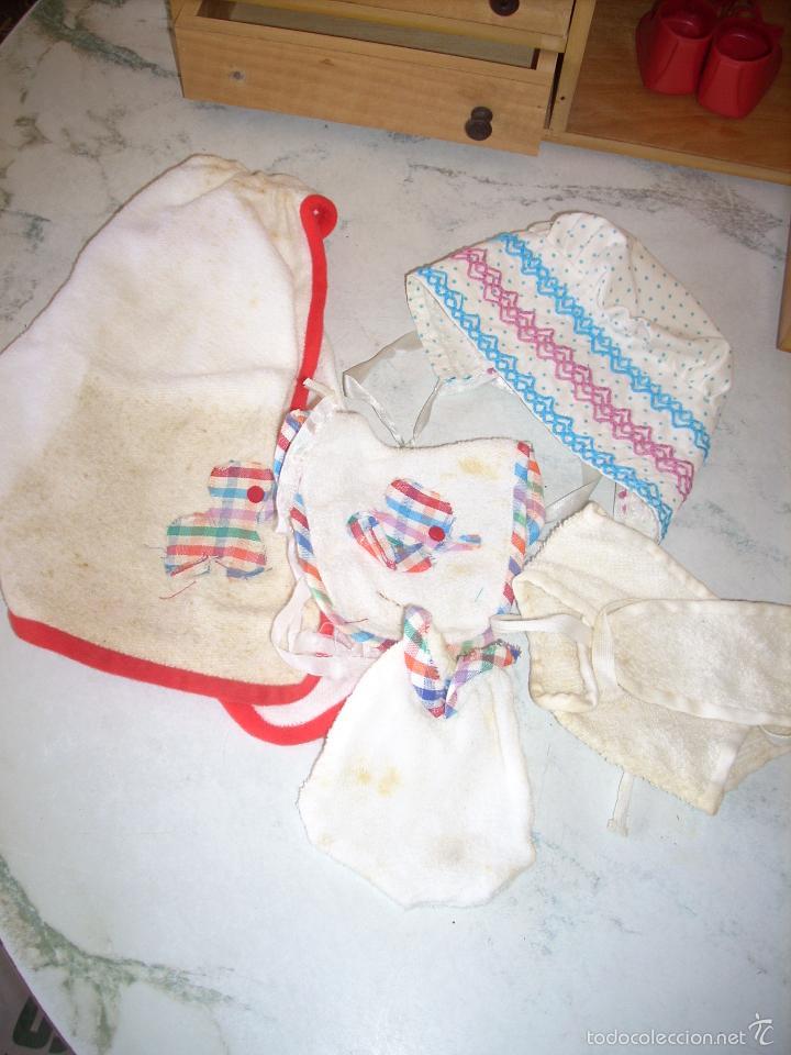 Muñecas Españolas Modernas: Baby Mocosete de Toyse, armario, canastilla y varios conjuntos de ropa - Foto 4 - 57092888