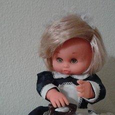 Muñecas Españolas Modernas: MUÑECA NICASIA PLANCHA DE ESVI AÑOS 70 -FUNCIONA-. Lote 72820847