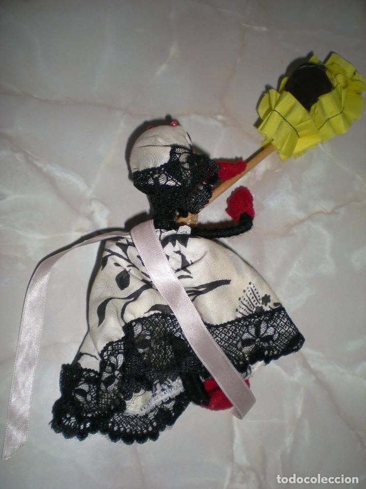Muñecas Españolas Modernas: muñeca artesania en alambre y tela años 70 - Foto 2 - 73650183