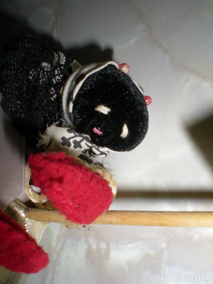 Muñecas Españolas Modernas: muñeca artesania en alambre y tela años 70 - Foto 5 - 73650183