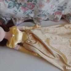 Muñecas Españolas Modernas: MUÑECA BELLA DE PELUCHE DISNEY STORE. Lote 73775059