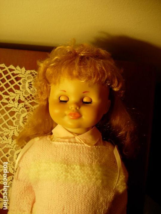 Muñecas Españolas Modernas: Muñeca desconocida de los años 60, parece de Novogama de 60 cm - Foto 5 - 74346239