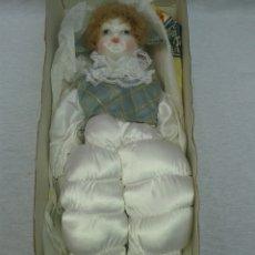 Muñecas Españolas Modernas: MUÑECA PORCELANA RAMON INGLES.NUEVA. Lote 77533258
