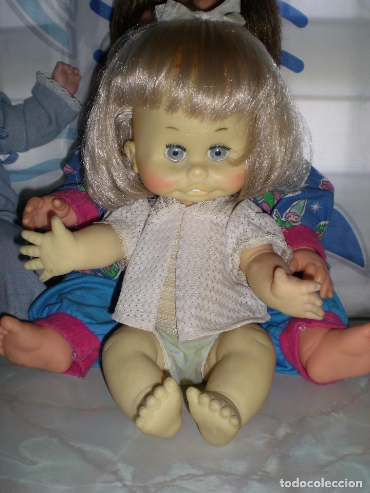 Muñecas Españolas Modernas: graciosa muñeca de goma años 70 iris margarita marca b.b.melina o lice? 37 cm completa de origen - Foto 2 - 83717400