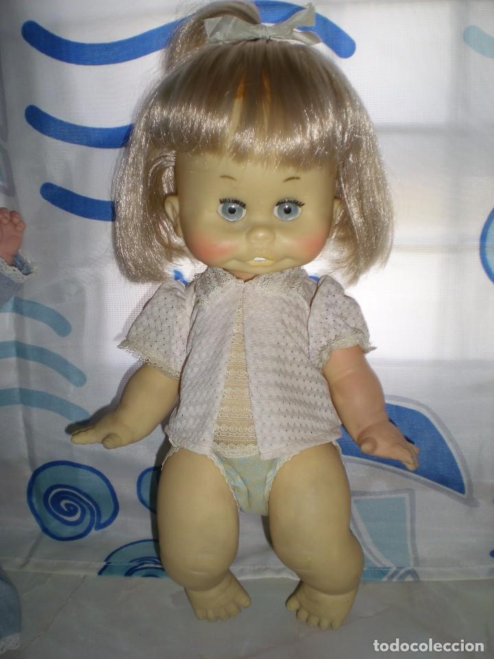 Muñecas Españolas Modernas: graciosa muñeca de goma años 70 iris margarita marca b.b.melina o lice? 37 cm completa de origen - Foto 5 - 83717400