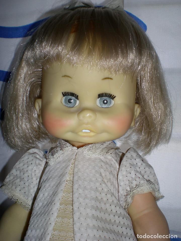 Muñecas Españolas Modernas: graciosa muñeca de goma años 70 iris margarita marca b.b.melina o lice? 37 cm completa de origen - Foto 6 - 83717400