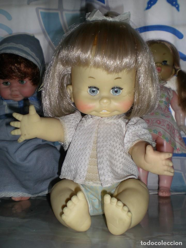 Muñecas Españolas Modernas: graciosa muñeca de goma años 70 iris margarita marca b.b.melina o lice? 37 cm completa de origen - Foto 12 - 83717400
