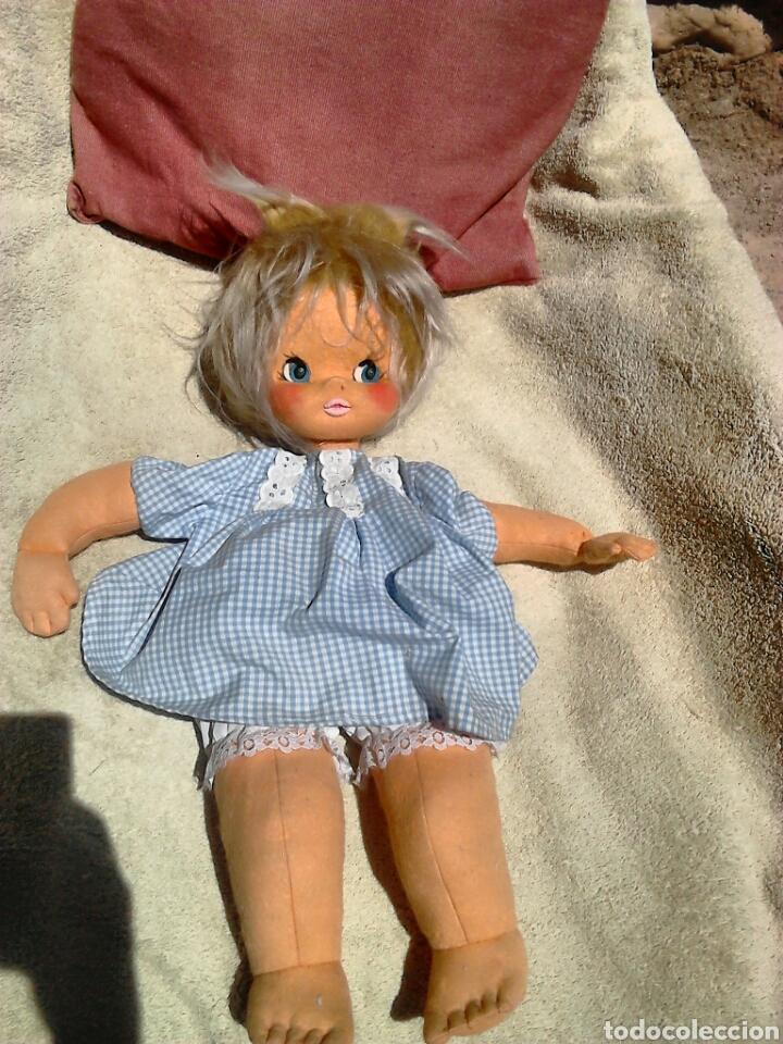 Muñecas Españolas Modernas: Preciosa muñeca, de fieltro,guarda pijama,años 70-80 - Foto 2 - 86997295