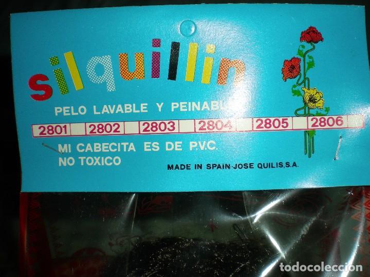 Muñecas Españolas Modernas: muñeco negro+ biberon y babero silquillin o silquillina de silqui jose quilis spain años 70 nuevo - Foto 3 - 103143096