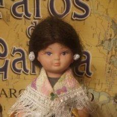 Muñecas Españolas Modernas: ANTIGUA MUÑECA VESTIDA DE REGIONAL. Lote 94915403