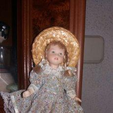 Muñecas Españolas Modernas: MUÑEQUITA MARIQUITA PÉREZ DE PORCELANA. Lote 97981563