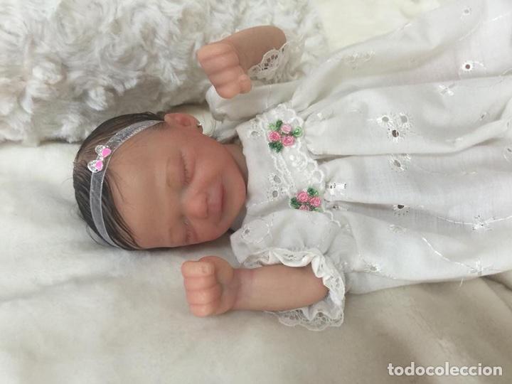 Muñecas Españolas Modernas: Reborn mini Zane de Marita Winters de 23 cm - Foto 4 - 99631551