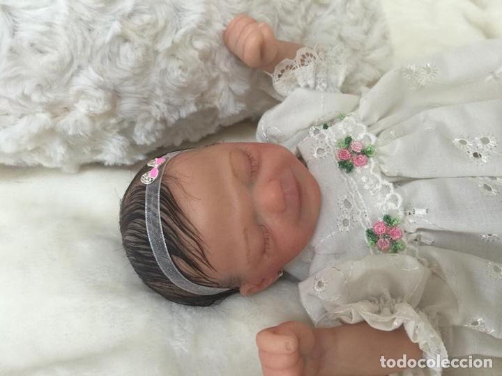 Muñecas Españolas Modernas: Reborn mini Zane de Marita Winters de 23 cm - Foto 5 - 99631551