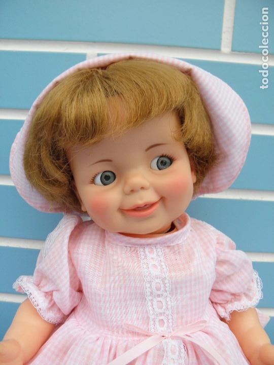 Muñecas Españolas Modernas: Muñeca americana Giggles Baby de Ideal Toy años 60 - Foto 2 - 99739511