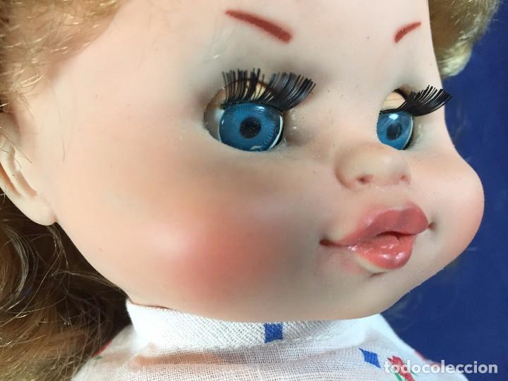 Muñecas Españolas Modernas: muñeca española caja ojos azules sin marca años 60 pantalon camiseta pelo rubio S XX 44 cm - Foto 20 - 102350175