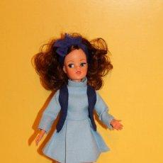 Muñecas Españolas Modernas: MUÑECA SINDY PEDIGREE DE FLORIDO - MADE IN SPAIN AÑOS 70. Lote 112946132