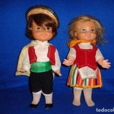 Muñecas Españolas Modernas: REGIONALES - PAREJA DE MUÑECAS REGIONALES SIN MARCA ALGUNA MIDEN UNOS 31 CM VER FOTOS! SM. Lote 104779155