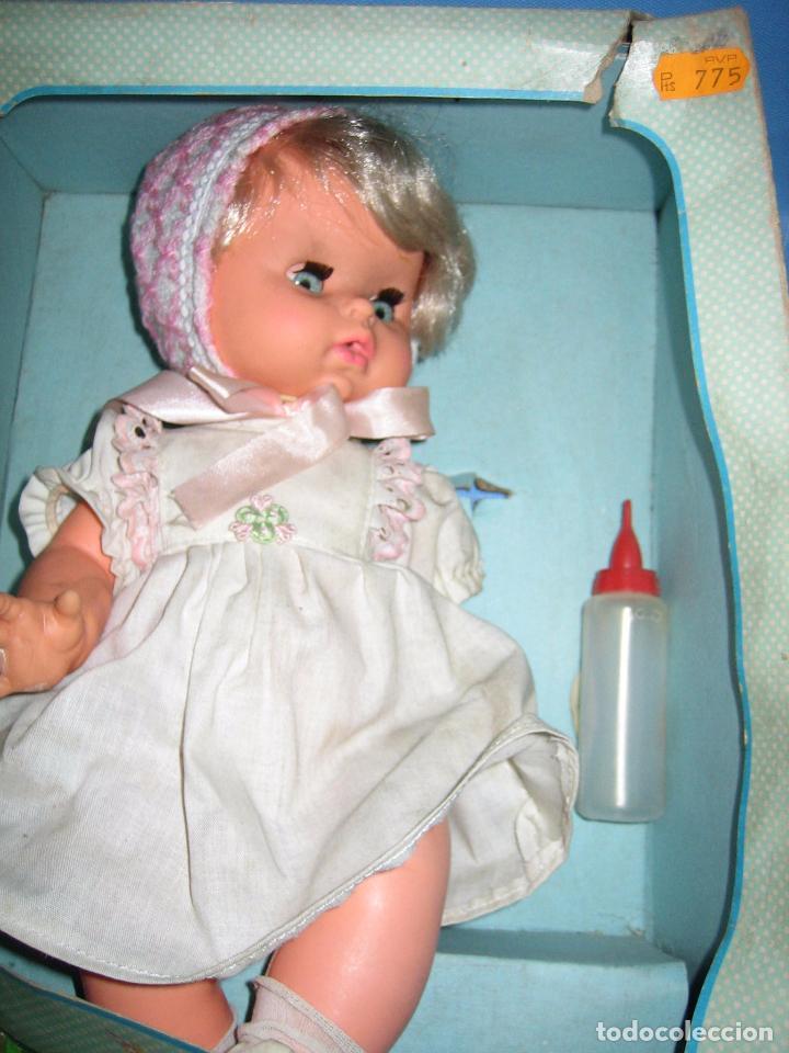 Muñecas Españolas Modernas: Muñeca Chiqui Biberón y hago pipí de b.b. Años 70 o 80 - Foto 3 - 104896863