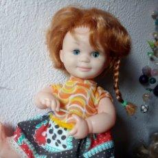 Muñecas Españolas Modernas: MUÑECA ANTIGUA PELLIROJA SIN MARCA...JESMAR?. Lote 105018350