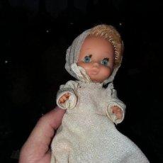 Muñecas Españolas Modernas: ANTIGUA MUÑECA RUBIA ESPAÑOLA MARCA JESMAR MADE IN SPAIN PELO RUBIO AÑOS 70. Lote 108438231