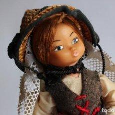 Muñecas Españolas Modernas: MUÑECA ARTESANIA BEIBI AUTENTICO TRAJE REGIONAL FUERTEVENTURA CANARIAS MADE IN SPAIN. Lote 108805119