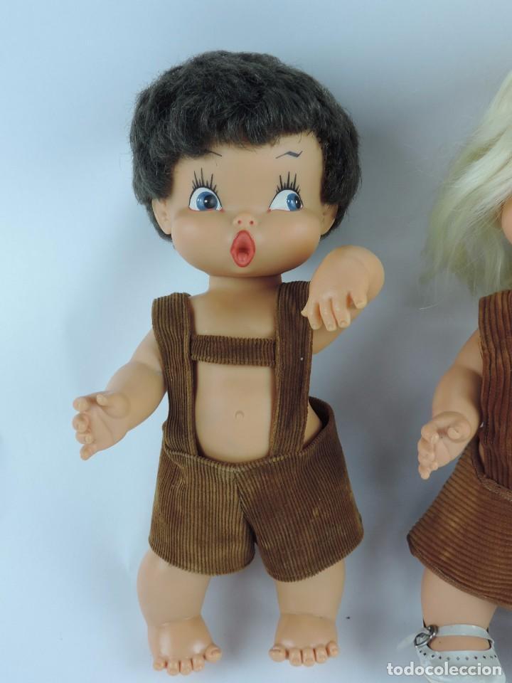 Muñecas Españolas Modernas: Antiguo Muñeco Rabanito y muñeca Floreal, de Creaciones Fulgir, realizadas en plastico duro, Miden 3 - Foto 2 - 109351363