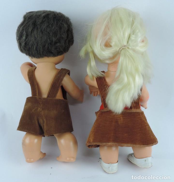 Muñecas Españolas Modernas: Antiguo Muñeco Rabanito y muñeca Floreal, de Creaciones Fulgir, realizadas en plastico duro, Miden 3 - Foto 4 - 109351363