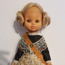 Muñecas Españolas Modernas: MUÑECA SINTRA ONIL VALENCIANA VESTIDA DE REGIONAL FALLERA. Lote 110711902