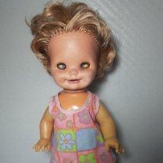 muñeca sucy de congost - la muñeca de las mil caras