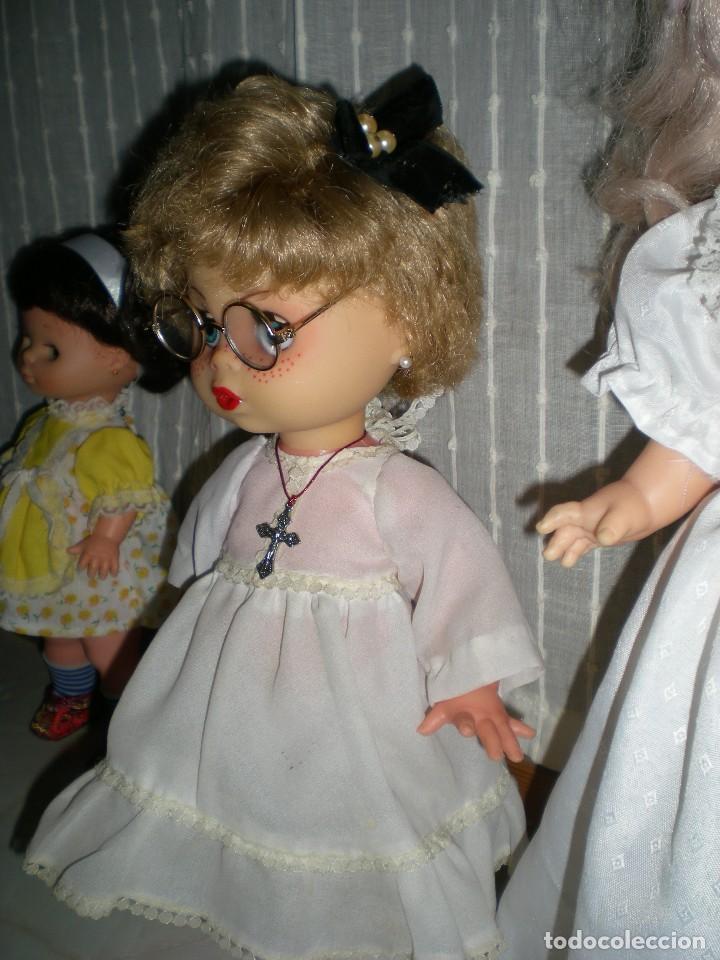 Muñecas Españolas Modernas: graciosa y rara muñeca sin marca 34 cm made in spain años 70 - Foto 4 - 115043939