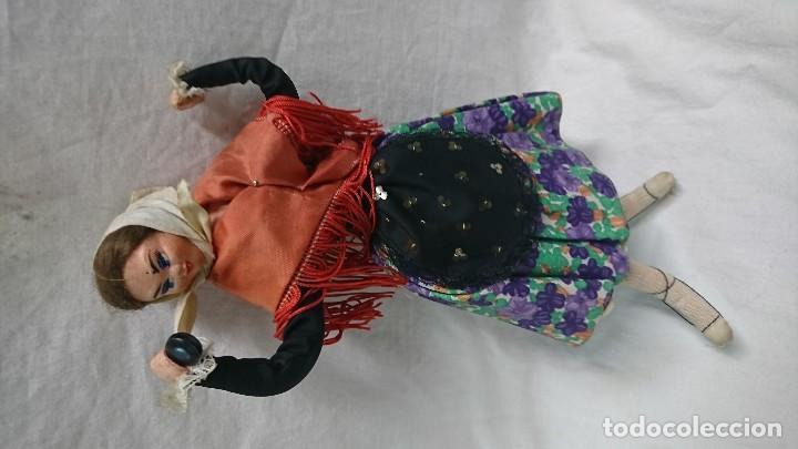 Muñecas Españolas Modernas: ANTIGUA MUÑECA REGIONAL DE TELA PINTADA - Foto 2 - 119253703