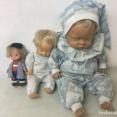 Muñecas Españolas Modernas: LOTE 3 MUÑECOS BERJUSA DOS BEBES DORMILONES Y UNO PEQUEÑO. Lote 125804599