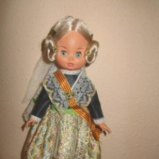 Muñecas Españolas Modernas: MUÑECA SINTRA FOLK REGIONAL VALENCIANA FALLERA AÑOS 70. Lote 132513154