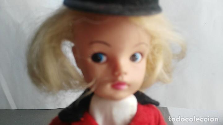 Muñecas Españolas Modernas: ANTIGUA MUÑECA SINDY DE FLORIDO con numeracion en nnuca - Foto 2 - 133807658