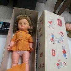 Muñecas Españolas Modernas - ANTIGUA MUÑECA MARCA TOYSE. SPAIN EN SU CAJA DE CARTÓN DURO. PIEZA COLECCIONISTAS. Dificil conseguir - 135533986