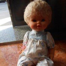 Muñecas Españolas Modernas: MUÑECA LLORON AÑOS 60 70 DE ONIL, ALICANTE ESPAÑA. Lote 137534746
