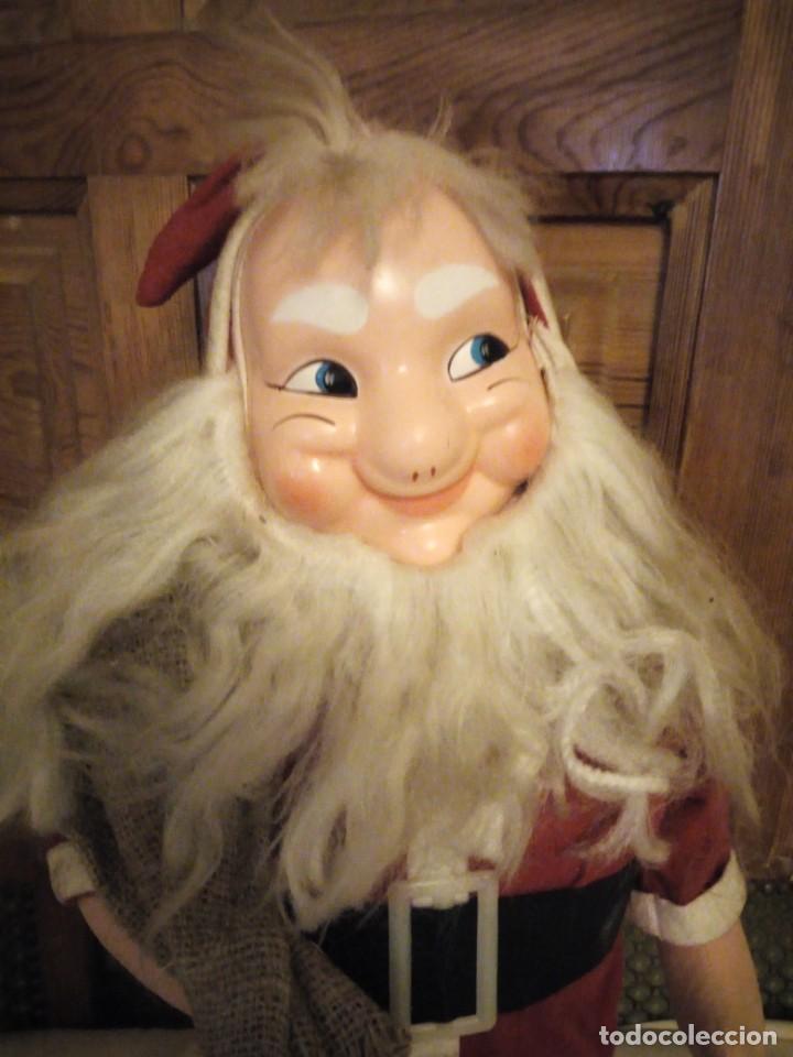 Muñecas Españolas Modernas: Antiguo muñeco papa noel cuerpo de relleno cara de celuloide pelo y barba moahir WERLI o florido. - Foto 2 - 141605462