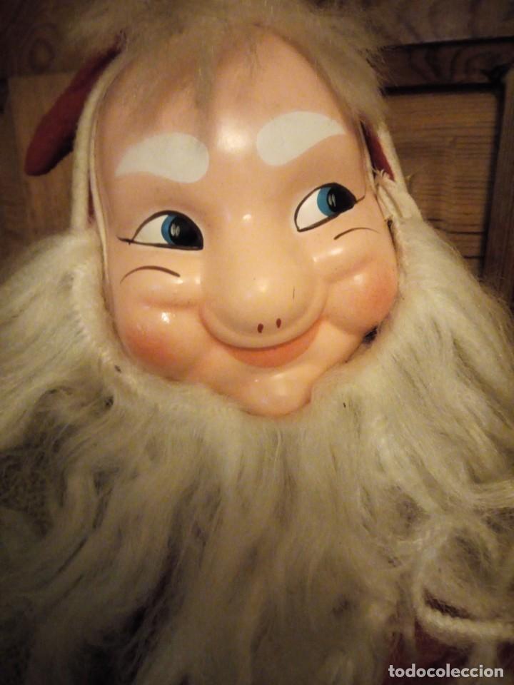 Muñecas Españolas Modernas: Antiguo muñeco papa noel cuerpo de relleno cara de celuloide pelo y barba moahir WERLI o florido. - Foto 3 - 141605462