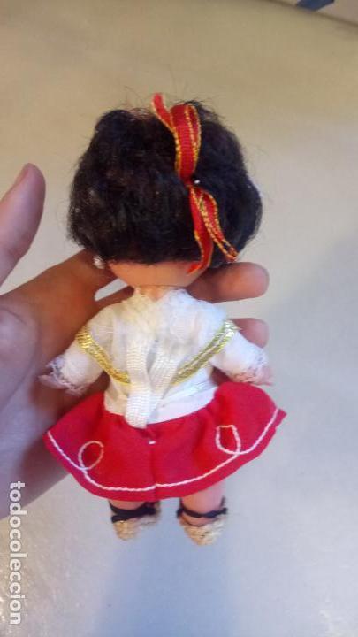 Muñecas Españolas Modernas: Antigua muñeca española con vestido tradicional - Foto 2 - 142784226