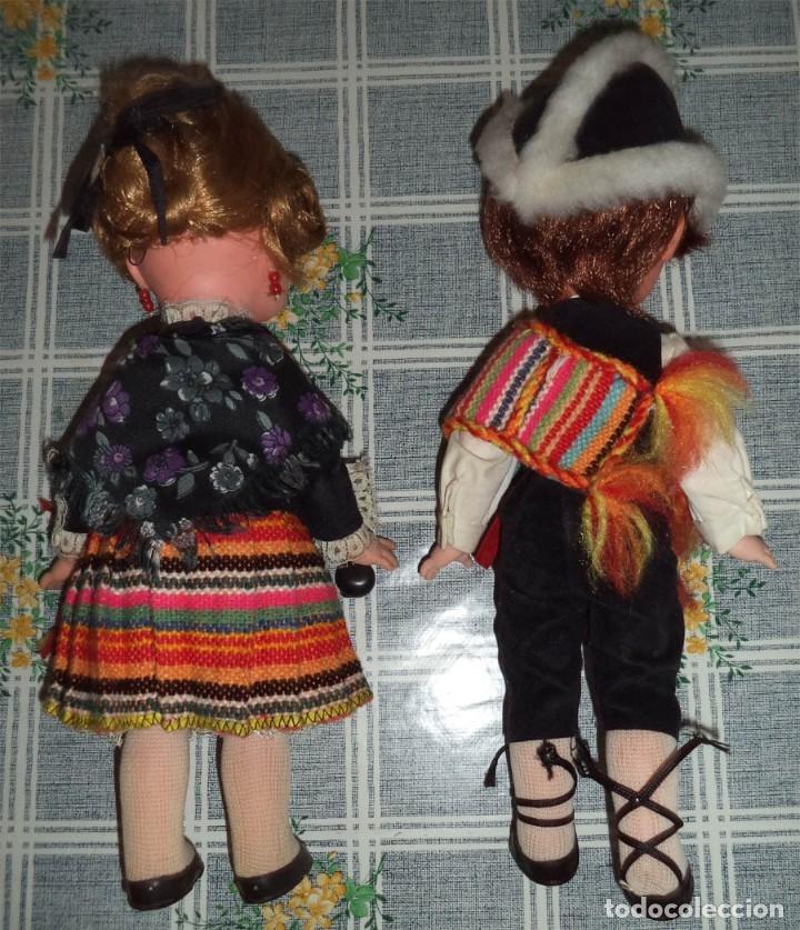 Muñecas Españolas Modernas: PAREJA DE MUÑECOS EN TRAJE REGIONAL MANCHEGO ARTESANÍA REGINA ALBACETE Miden 30 cm. MANCHA - Foto 2 - 50537019